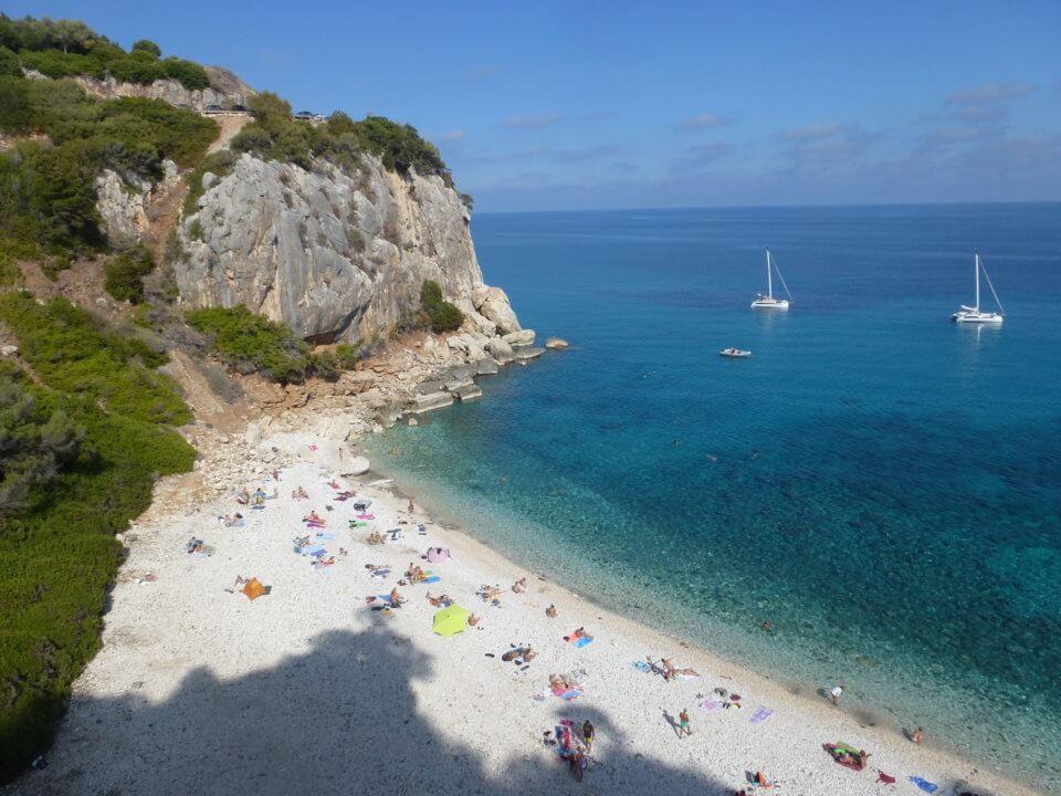 Baden Strand Sand und Meer Cala Fuili
